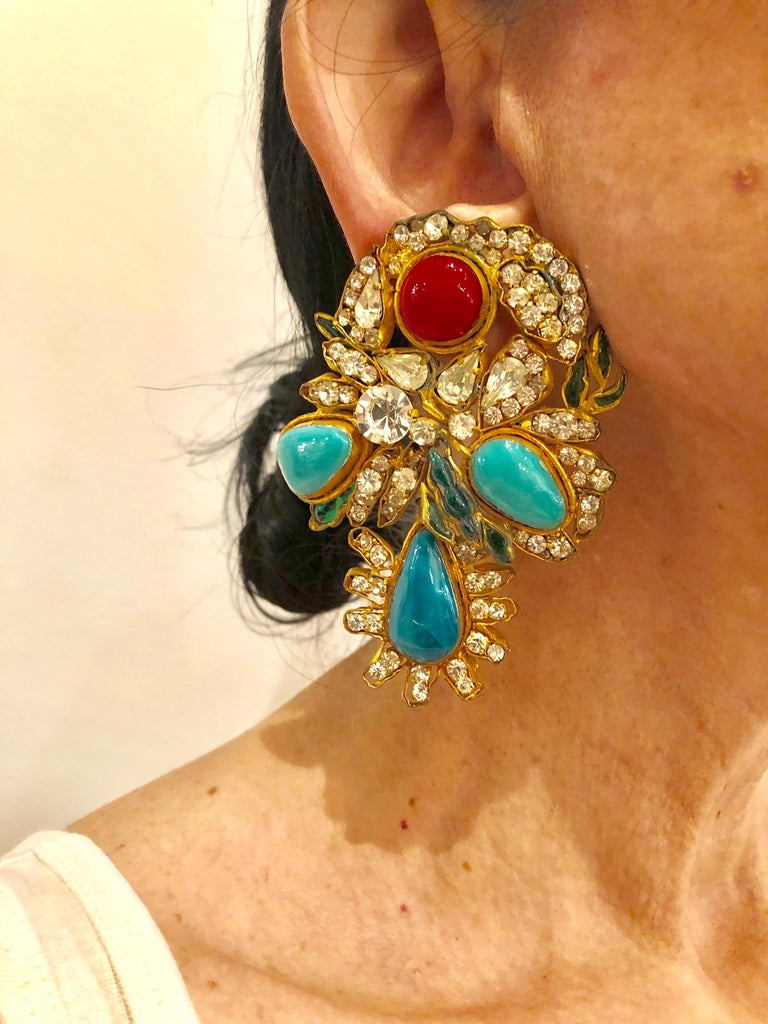 Vintage Yves Saint Laurent Haute Couture Mughal Chandelier Statement earrings  In Excellent Condition For Sale In Palm Springs, CA