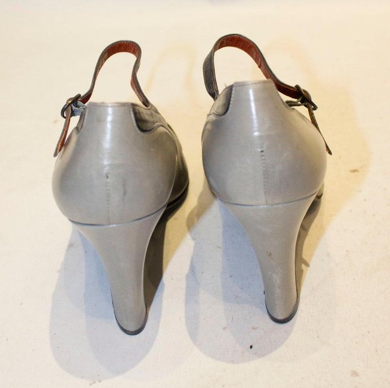 Women's Vintage Yves Saint Laurent Paris Grey Leather Shoes For Sale