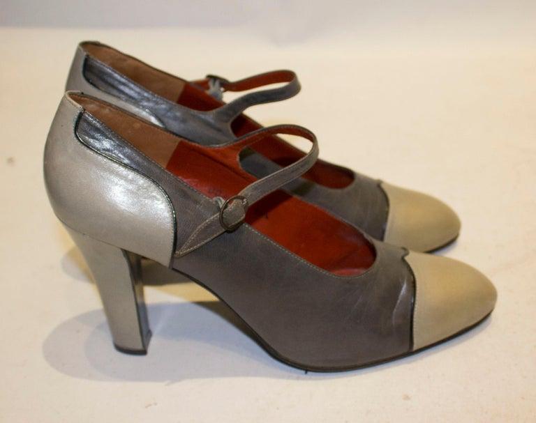 Vintage Yves Saint Laurent Paris Grey Leather Shoes For Sale 1