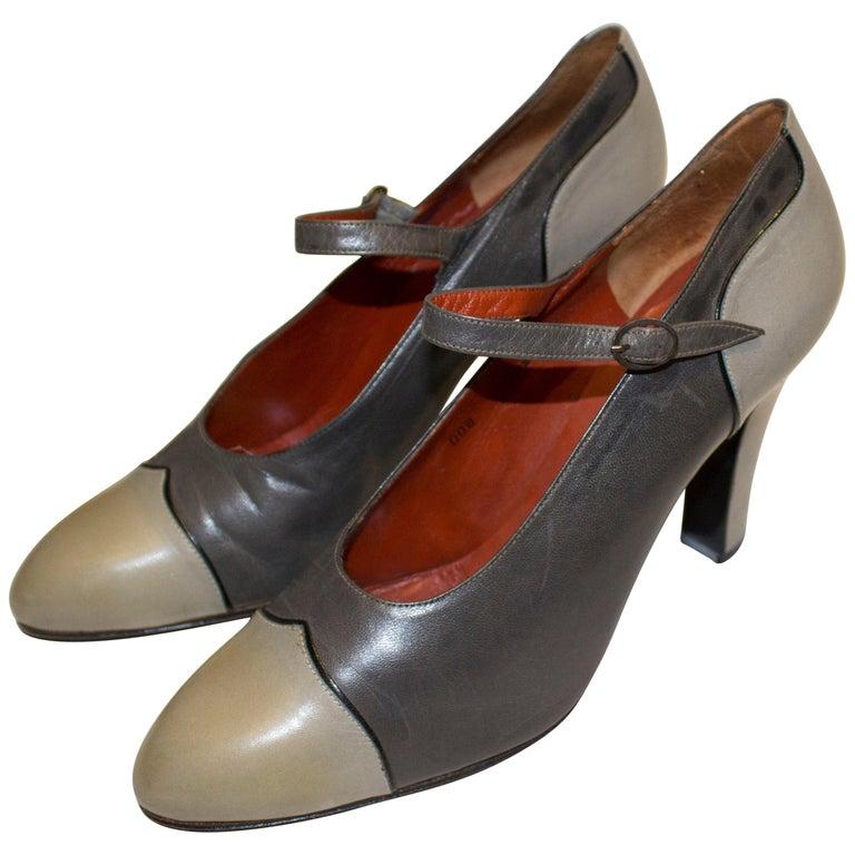 Vintage Yves Saint Laurent Paris Grey Leather Shoes For Sale