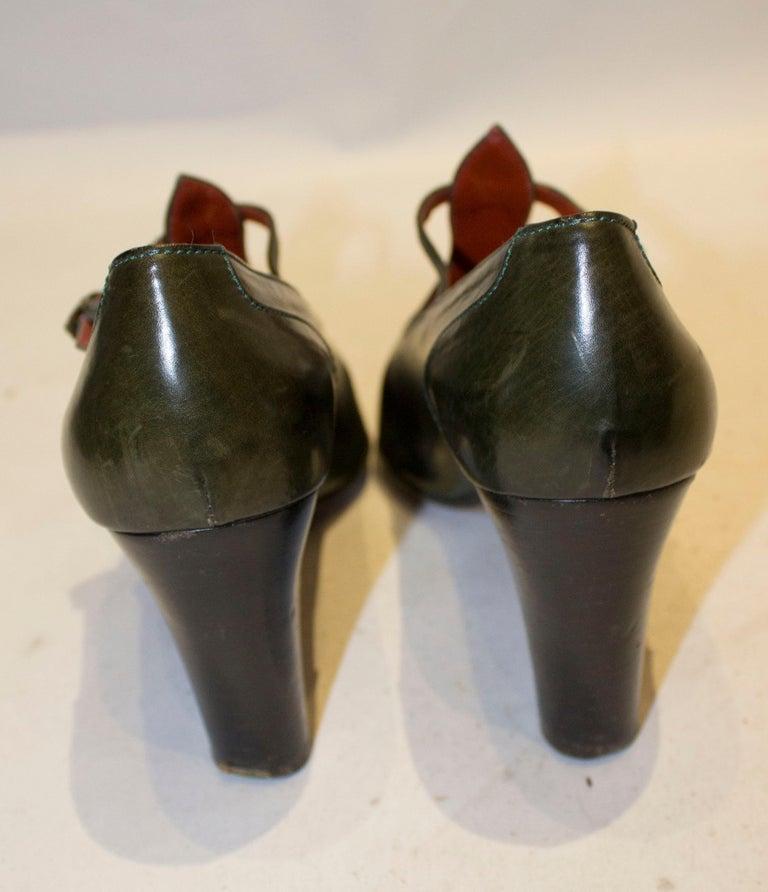 Women's Vintage Yves Saint Laurent Paris Olive Green Leather Shoes For Sale