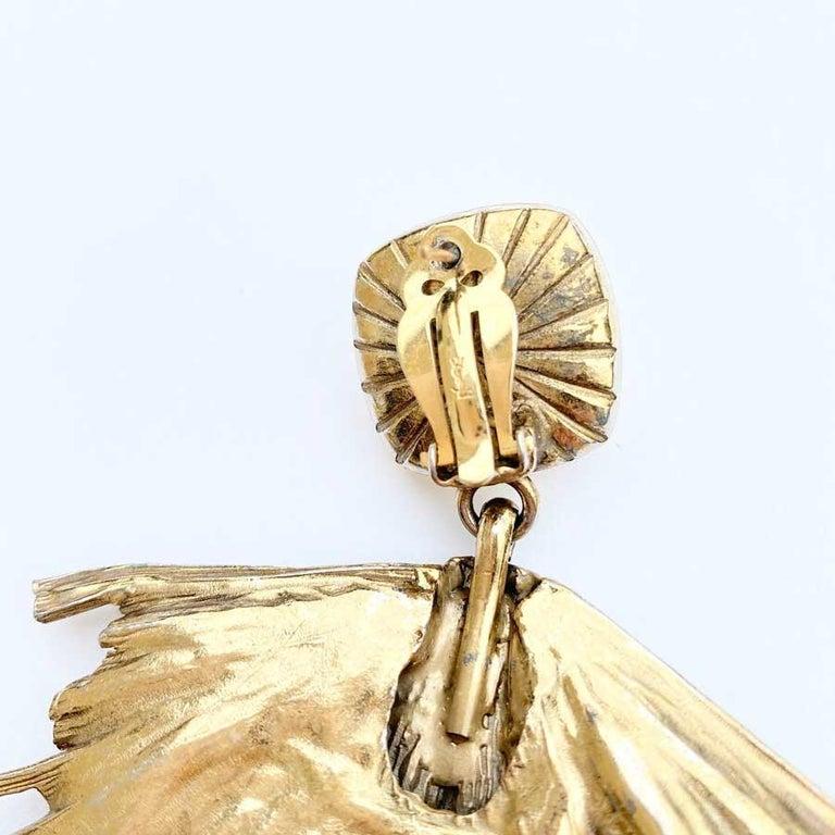 Women's Vintage YVES SAINT LAURENT Stud Earrings in Gilt Metal and Rhinestones For Sale