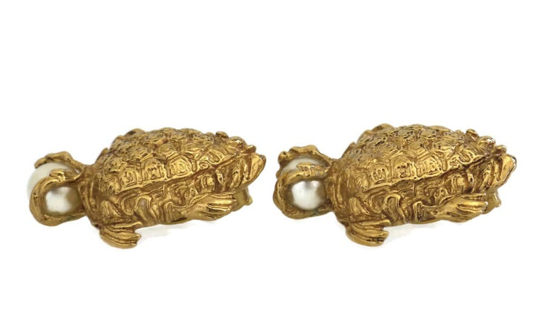Women's Vintage YVES SAINT LAURENT Turtle Pearl Earrings For Sale