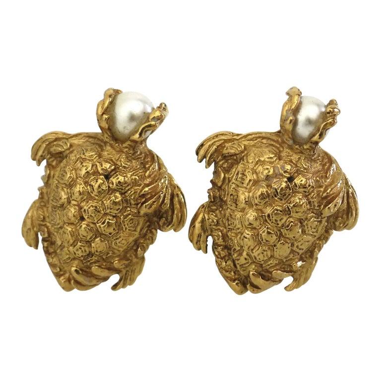 Vintage YVES SAINT LAURENT Turtle Pearl Earrings For Sale