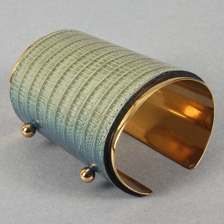 Vintage YVES SAINT LAURENT Ysl Blue Ombre Embossed Leather Cuff Bracelet For Sale 3