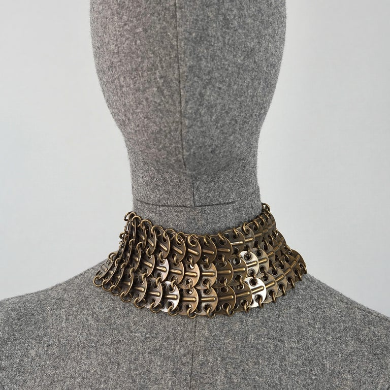 Vintage YVES SAINT LAURENT Ysl Chainmail Disc Bronze Choker Necklace In Good Condition For Sale In Kingersheim, Alsace