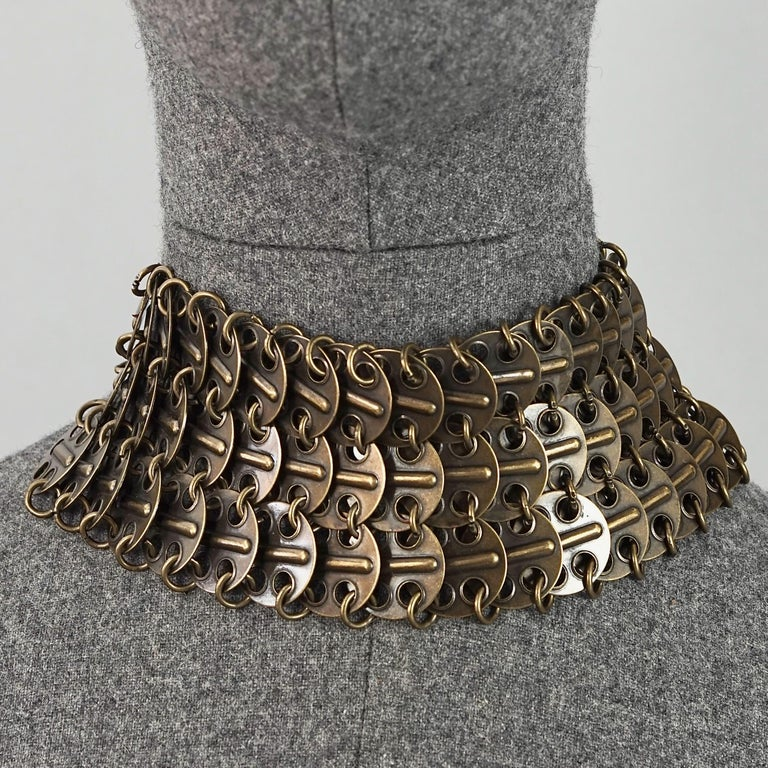 Vintage YVES SAINT LAURENT Ysl Chainmail Disc Bronze Choker Necklace  Measurements: Height: 2.75 inches (7 cm) Wearable Length: 12.99 inches (33 cm) until 15.75 inches (40 cm)  Features: - 100% Authentic YVES SAINT LAURENT. - Metal chainmail choker
