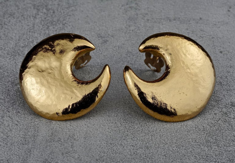 Vintage YVES SAINT LAURENT Ysl Crescent Moon Earrings 2