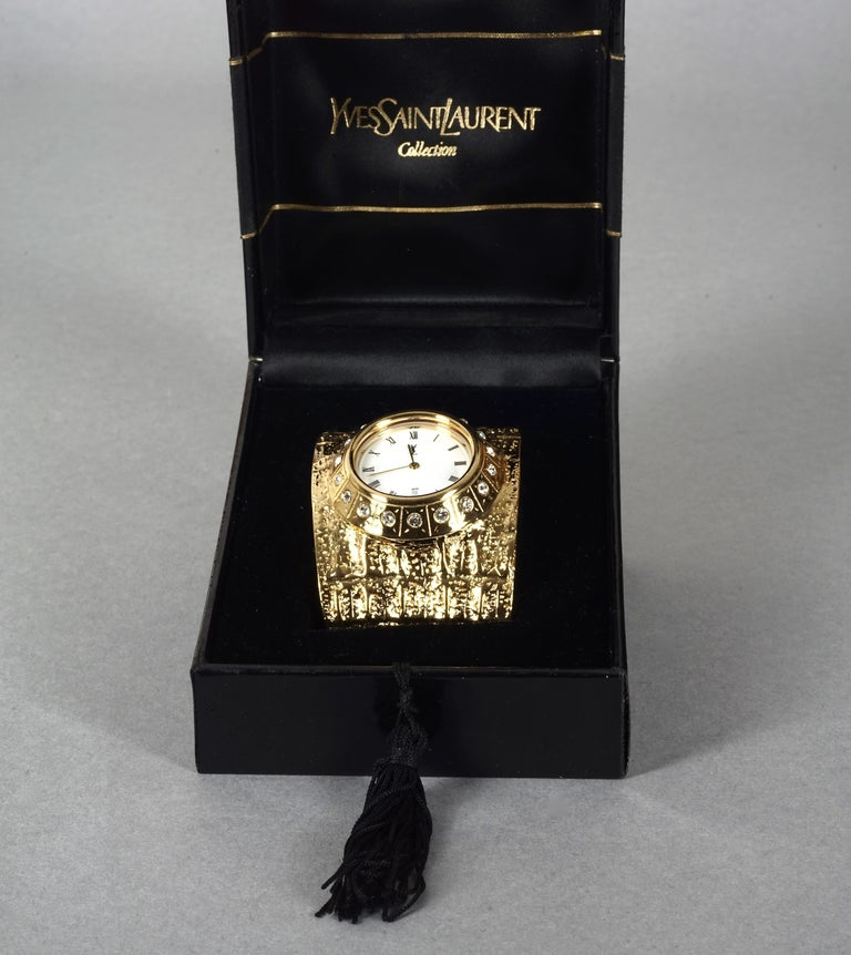 Vintage YVES SAINT LAURENT Ysl Crocodile Pattern Bracelet Cuff Watch Limited Ed In Excellent Condition For Sale In Kingersheim, Alsace