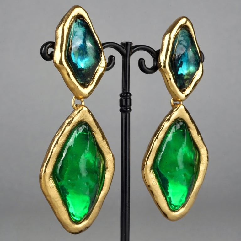 Vintage YVES SAINT LAURENT Ysl Diamond Resin Dangling Earrings For Sale 2