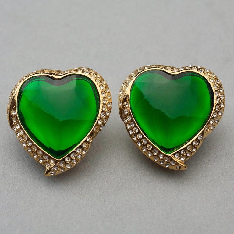 Vintage YVES SAINT LAURENT Ysl Emerald Green Faceted Heart Rhinestone Earrings For Sale 2