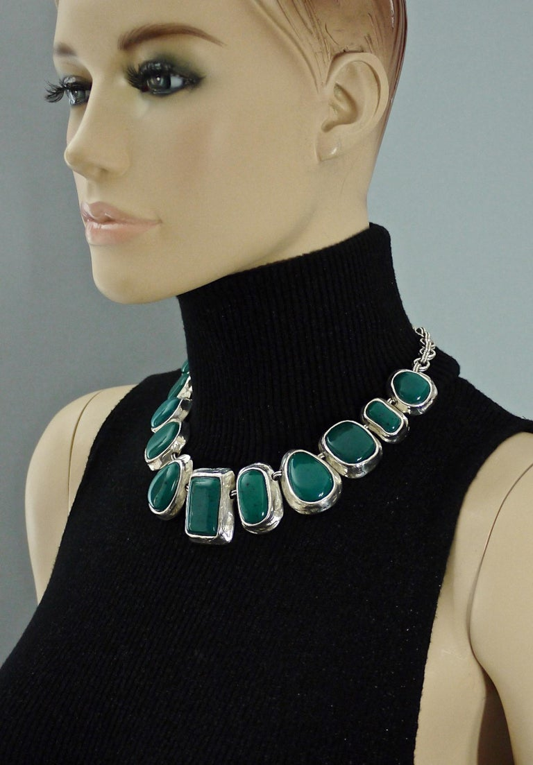Vintage YVES SAINT LAURENT Ysl Faux Turquoise Geometric Cabochon Necklace  Measurements: Height: 1.53 inches (3.9 cm) Wearable Length: 17.71 inches (45 cm) to 18.89 inches (48 cm)  Features: - 100% Authentic YVES SAINT LAURENT. - Chunky geometric