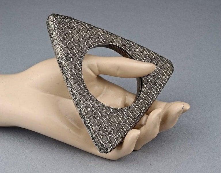 Vintage YVES SAINT LAURENT Ysl Futuristic Textured Triangle Bangle Bracelet For Sale 2