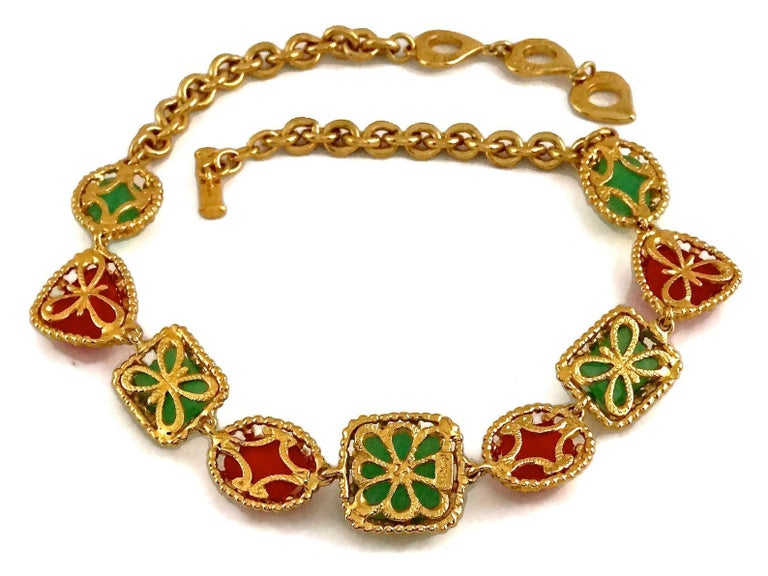 Vintage YVES SAINT LAURENT Ysl Geometric Jade Ruby Glass Poured Link Necklace For Sale 3