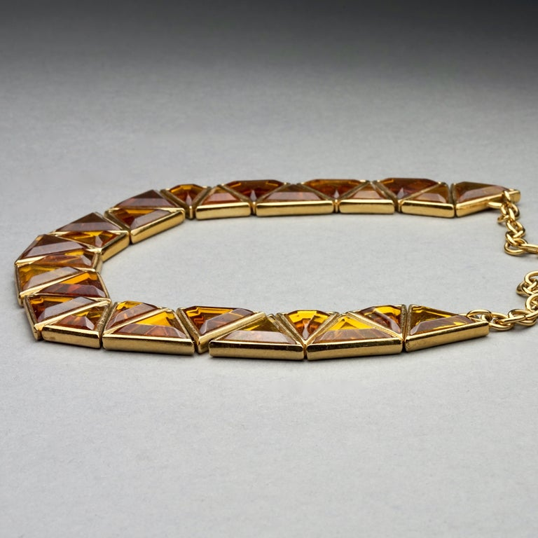 Vintage YVES SAINT LAURENT Ysl Geometric Resin Necklace by Robert Goossens In Excellent Condition For Sale In Kingersheim, Alsace