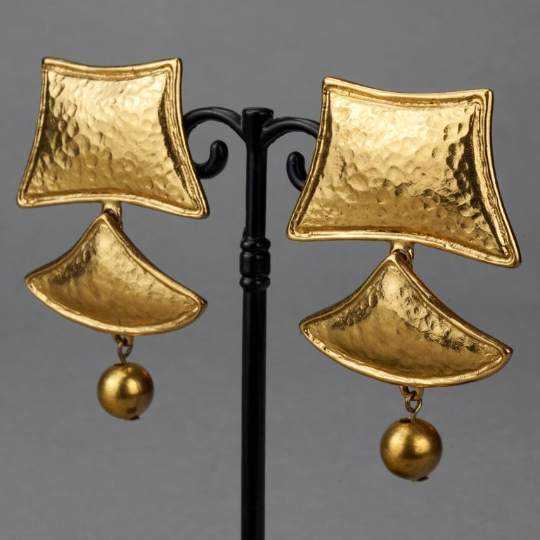 Vintage YVES SAINT LAURENT Ysl Geometric Tiered Earrings For Sale 3