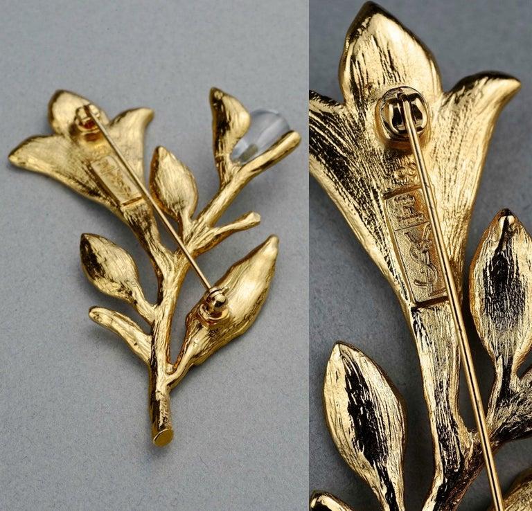 Vintage YVES SAINT LAURENT Ysl Glass Flower Stem Brooch For Sale 5