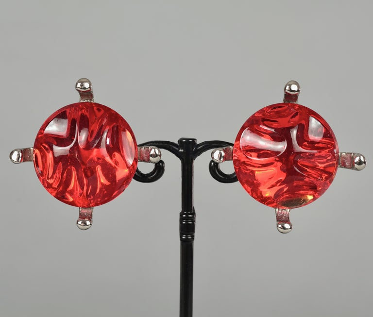Vintage YVES SAINT LAURENT Ysl Irregular Red Glass Cabochon Earrings In Good Condition For Sale In Kingersheim, Alsace