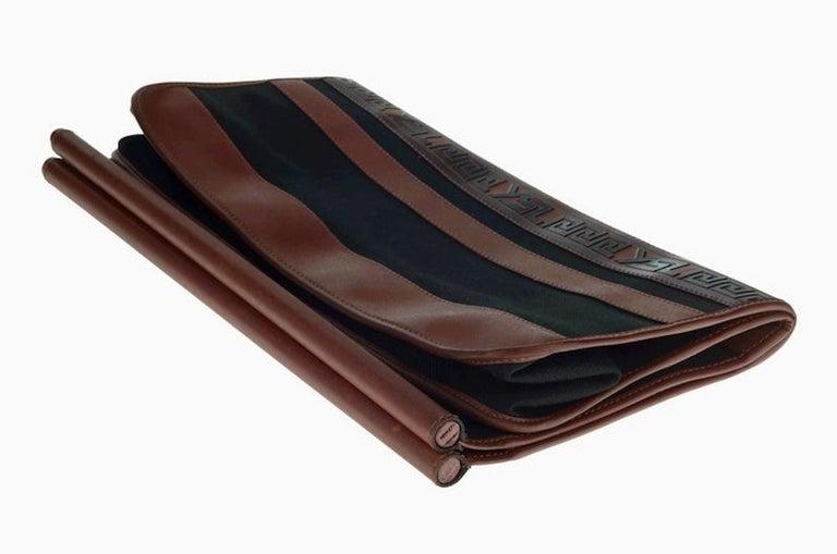 Vintage YVES SAINT LAURENT Ysl Logo Foldable Envelope Leather Clutch Bag For Sale 1