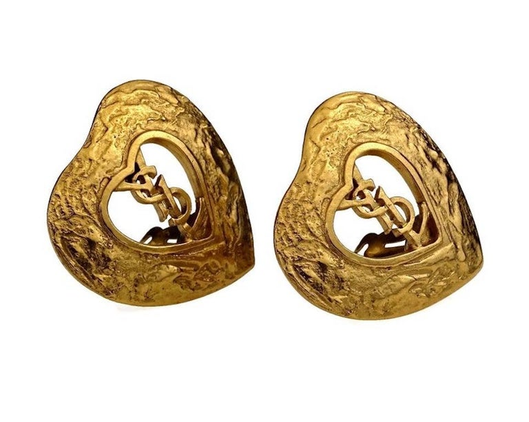 Vintage YVES SAINT LAURENT Ysl Logo Heart Openwork Earrings In Excellent Condition For Sale In Kingersheim, Alsace