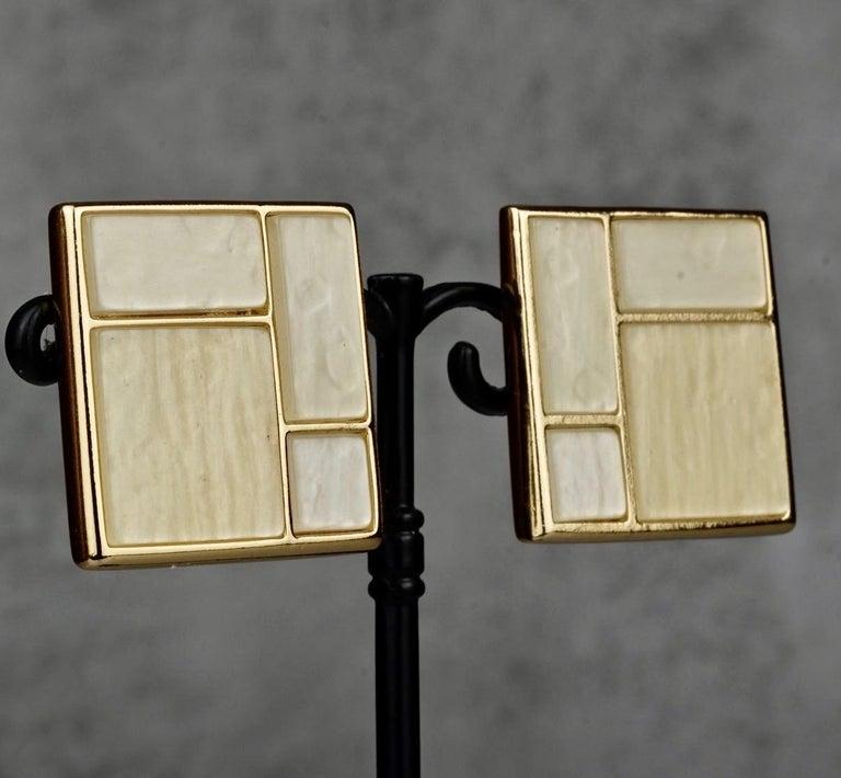 Vintage YVES SAINT LAURENT Ysl Mother of Pearl Mondrian Earrings For Sale 2