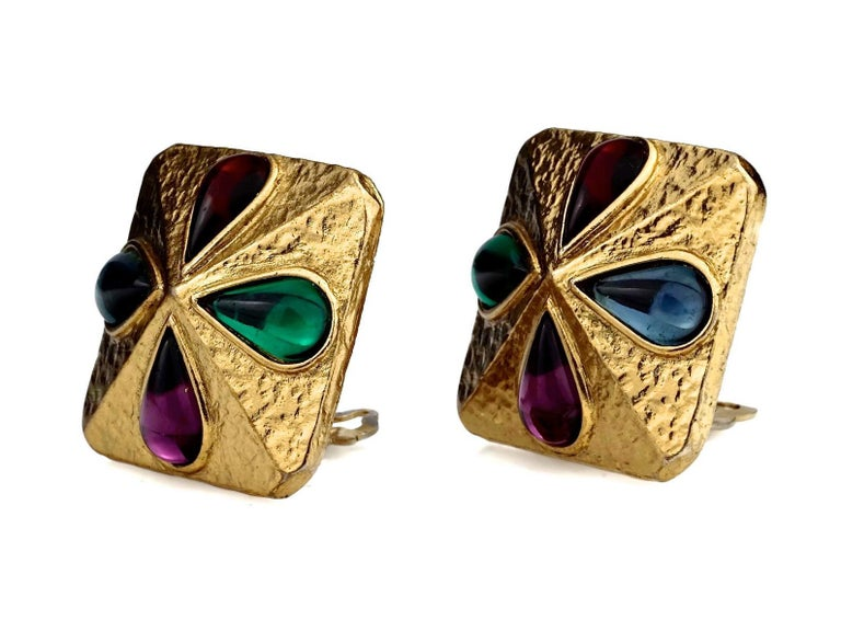 Vintage YVES SAINT LAURENT Ysl Multi Coloured Cabochon Flower Earrings In Excellent Condition For Sale In Kingersheim, Alsace