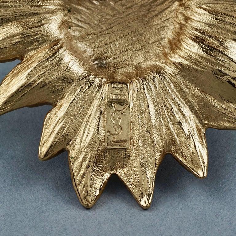 Vintage YVES SAINT LAURENT Ysl Pearl Flower Brooch For Sale 4
