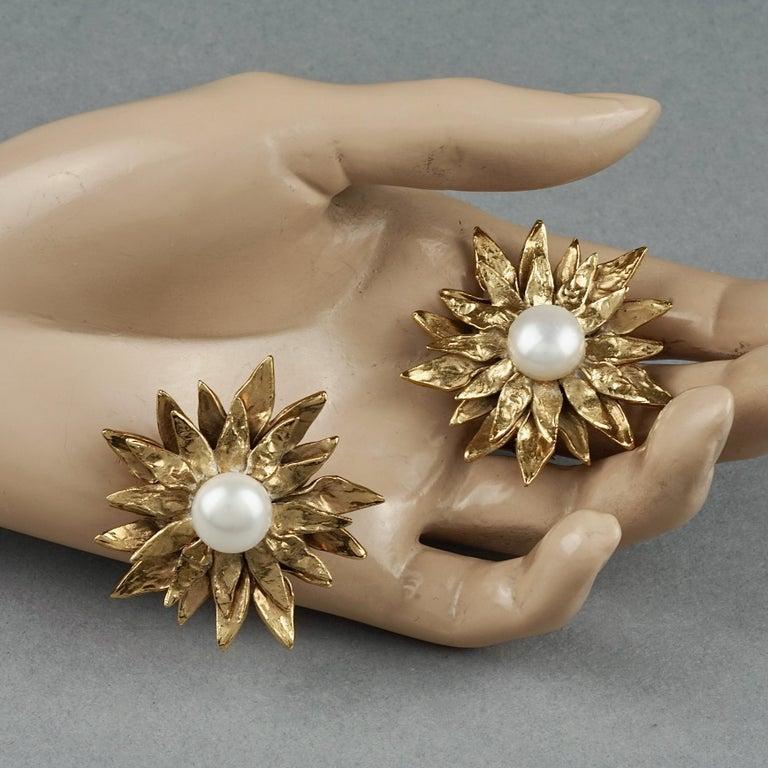 Vintage YVES SAINT LAURENT Ysl Pearl Flower Earrings For Sale 4