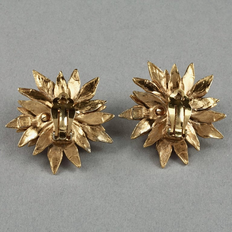 Vintage YVES SAINT LAURENT Ysl Pearl Flower Earrings For Sale 5