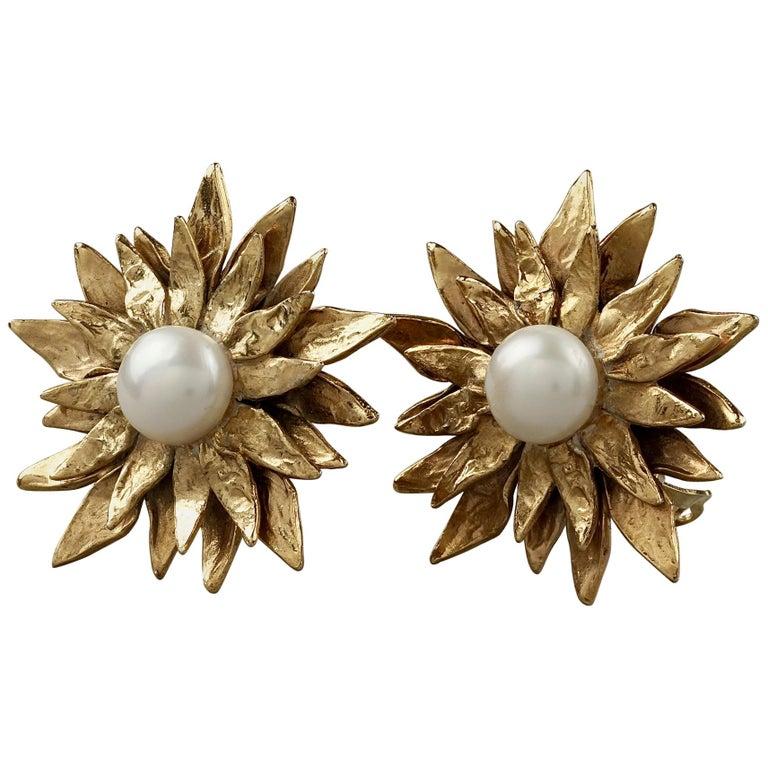 Vintage YVES SAINT LAURENT Ysl Pearl Flower Earrings For Sale