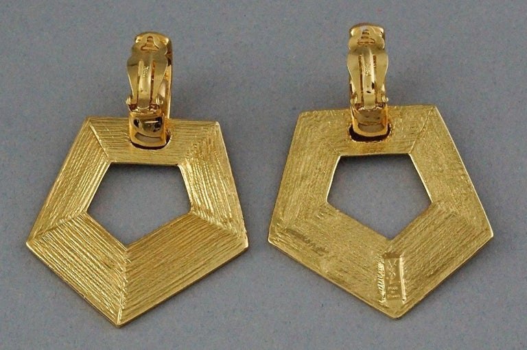 Vintage YVES SAINT LAURENT Ysl Pentagon Geometric Textured Drop Earrings For Sale 4