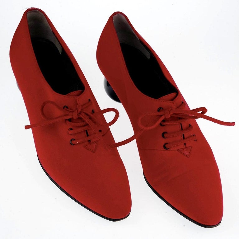 Vintage YVES SAINT LAURENT Ysl Red Ball Heel Pumps Lace Up Shoes For Sale 2