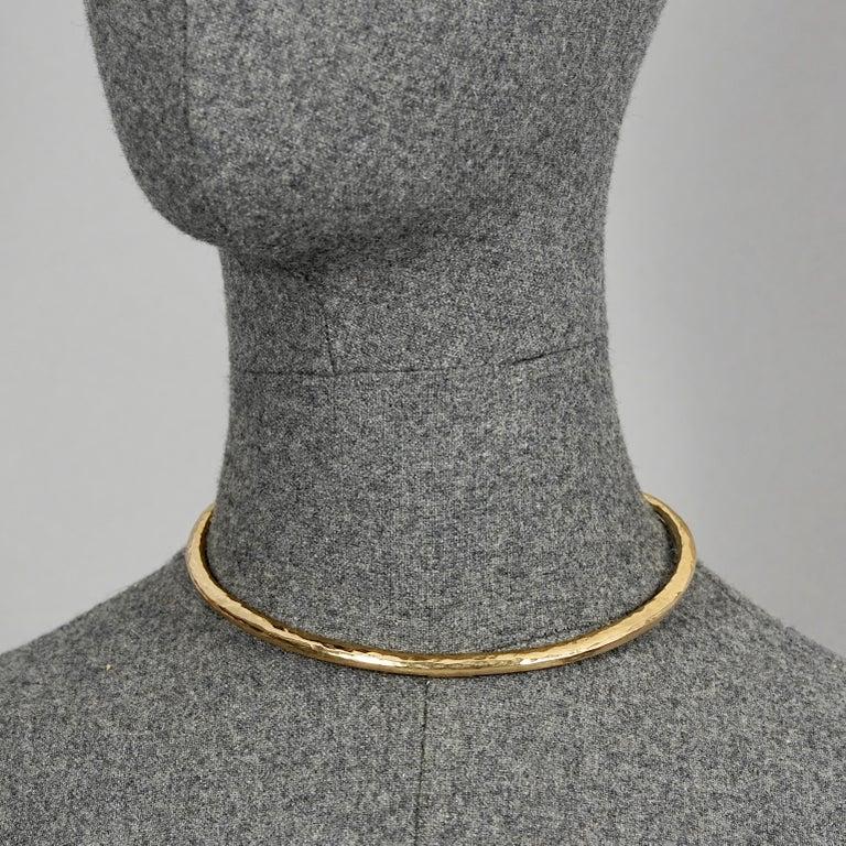 Vintage YVES SAINT LAURENT Ysl Rigid Spiral Choker Necklace In Good Condition In Kingersheim, Alsace