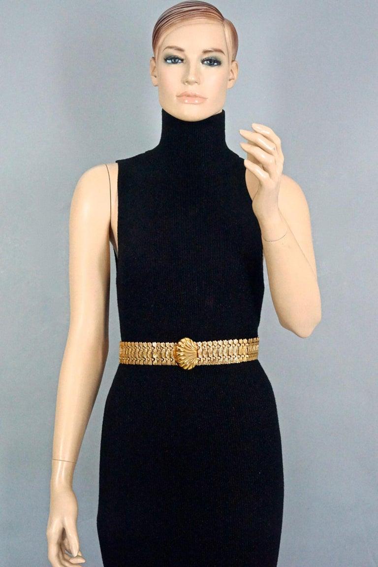 Vintage YVES SAINT LAURENT Ysl Shell Textured Metal Belt In Excellent Condition For Sale In Kingersheim, Alsace