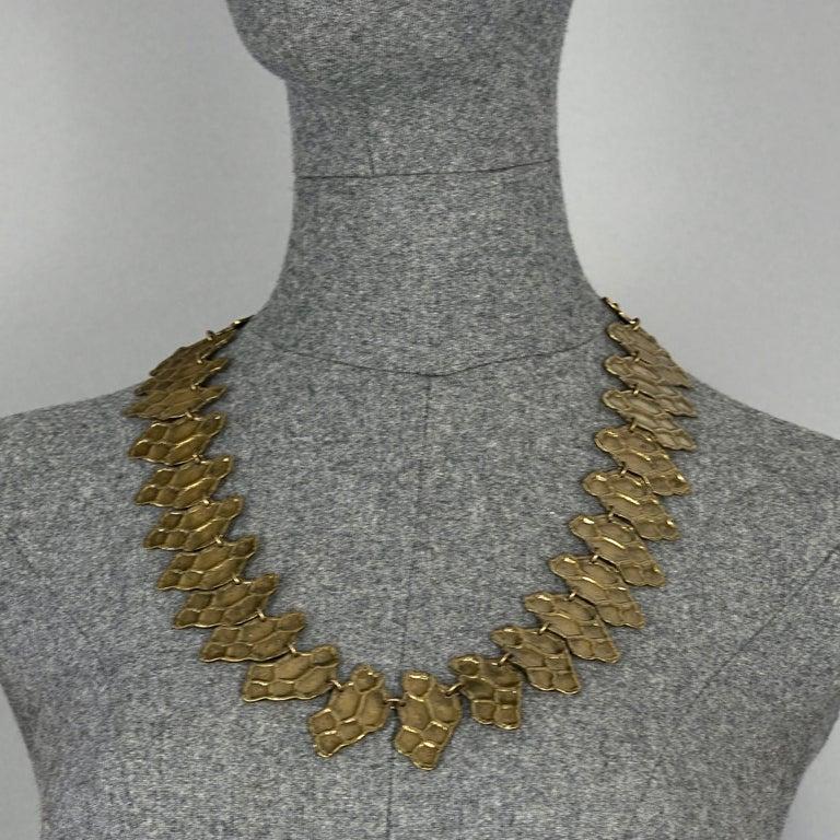 Vintage YVES SAINT LAURENT Ysl Snake Pattern Bronze Link Necklace Belt In Excellent Condition For Sale In Kingersheim, Alsace