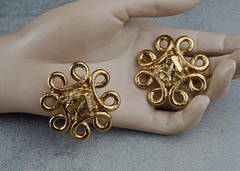 Vintage YVES SAINT LAURENT Ysl Swirl Nugget Earrings For Sale 4