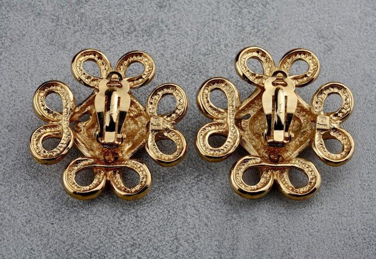 Vintage YVES SAINT LAURENT Ysl Swirl Nugget Earrings For Sale 5