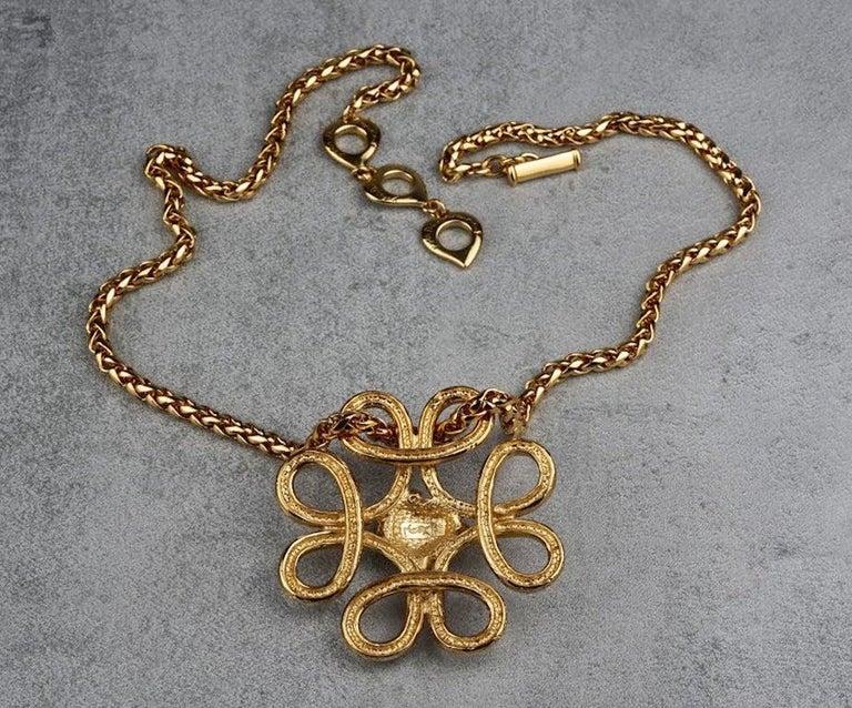 Vintage YVES SAINT LAURENT Ysl Swirl Nugget Necklace For Sale 4