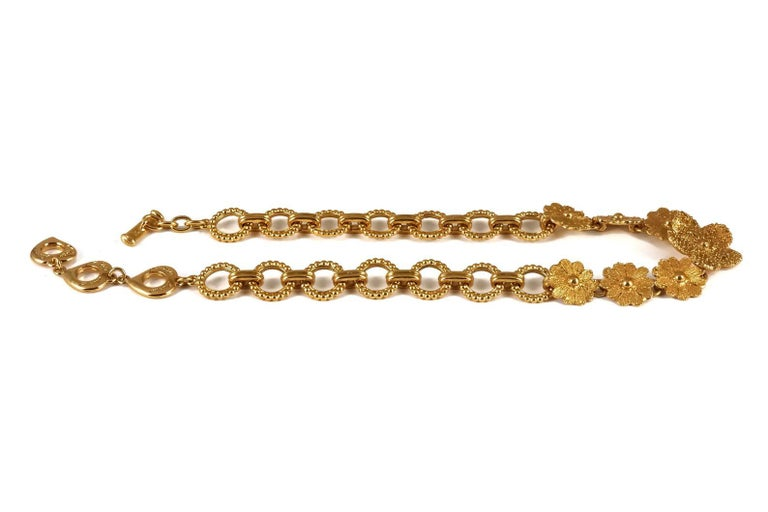Women's Vintage YVES SAINT LAURENT Ysl Textured Flower Chain Link Necklace For Sale
