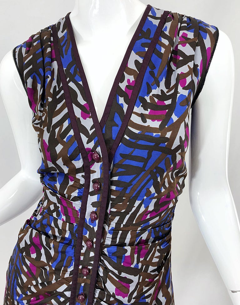 Vintage Yves Saint Laurent YSL Tribal Graffiti Purple + Pink Silk Dress In Excellent Condition For Sale In Chicago, IL