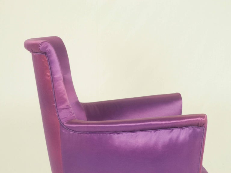 Violet Fabric Italian Armchairs from 1950s, Set of Two For Sale 3