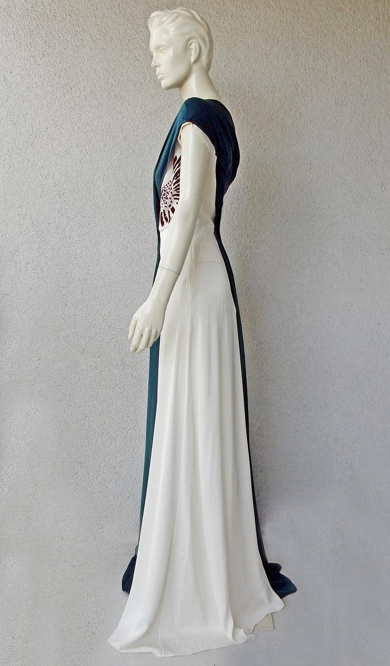 Vionnet of Paris Exquisite Goddess Beaded Silk Gown Dress  NWT In New Condition For Sale In Los Angeles, CA