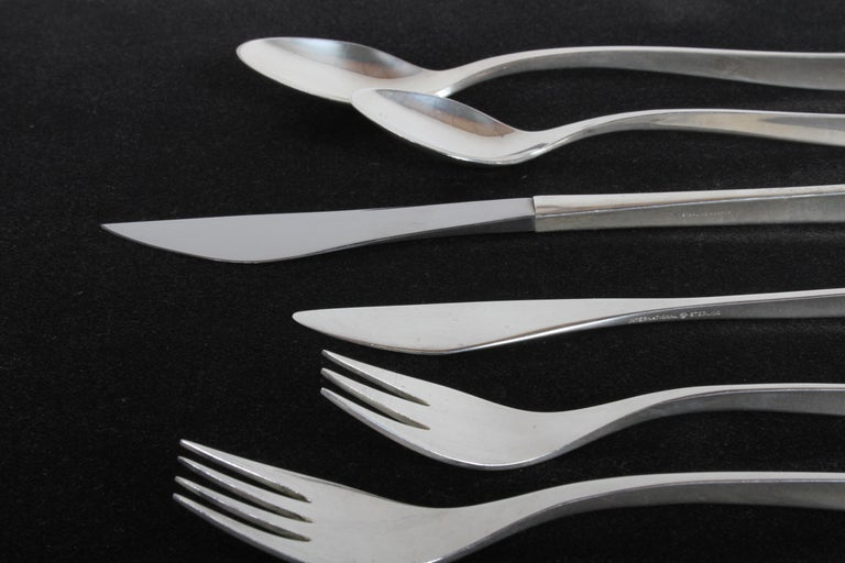 Mid-Century Modern Vision International Sterling Flatware Set by Ronald Pearson for 12-75 Pieces For Sale