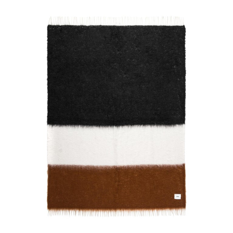 Viso Mohair Blanket V46 In New Condition For Sale In New York, NY
