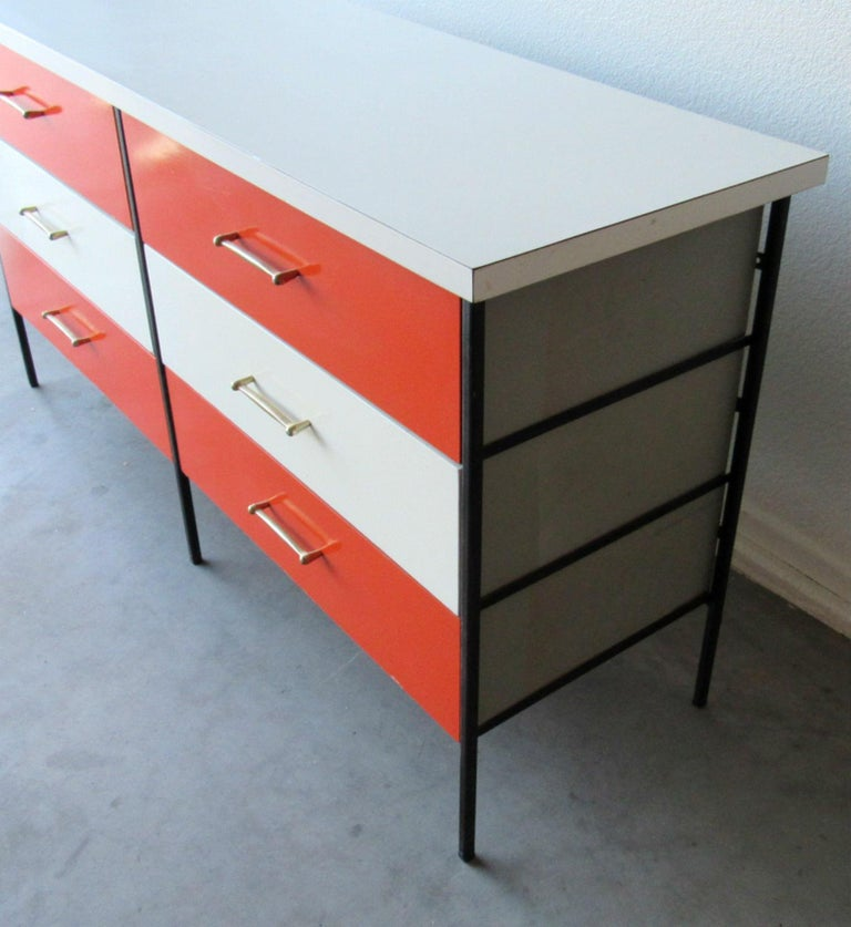 American Mid-Century Modern Nelson Style Chest of Drawers Vista of California For Sale