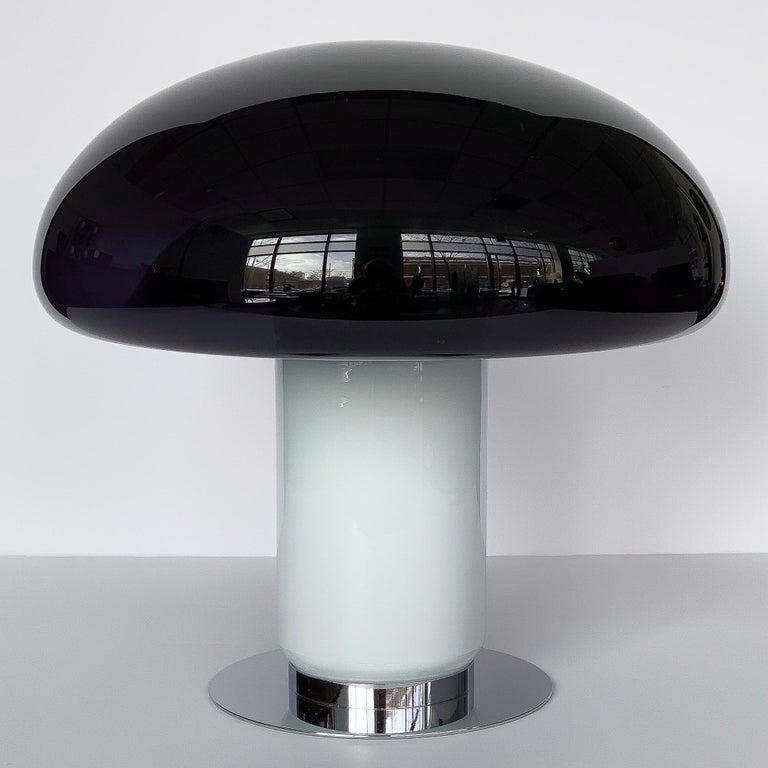Mid-Century Modern Vistosi Purple / Amethyst Mushroom Table Lamp For Sale