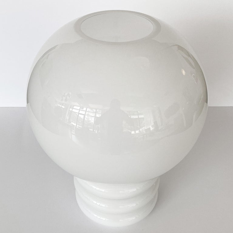 Mid-20th Century Vistosi White Cased Glass Sculptural Table Lamp For Sale