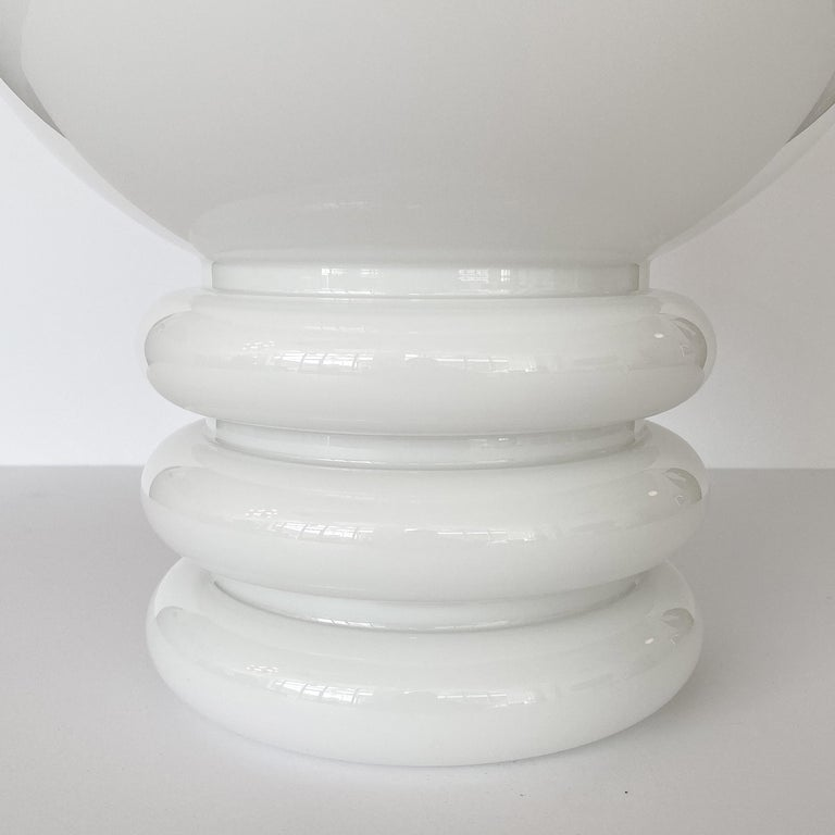 Blown Glass Vistosi White Cased Glass Sculptural Table Lamp For Sale