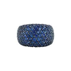 18 Karat White Gold Blue Sapphire Cocktail Ring