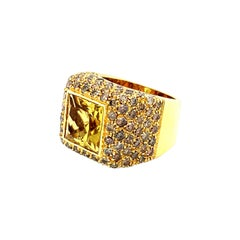 Vitale 1913 18 Karat Yellow Gold Citrine Yellow Diamond Signet Ring